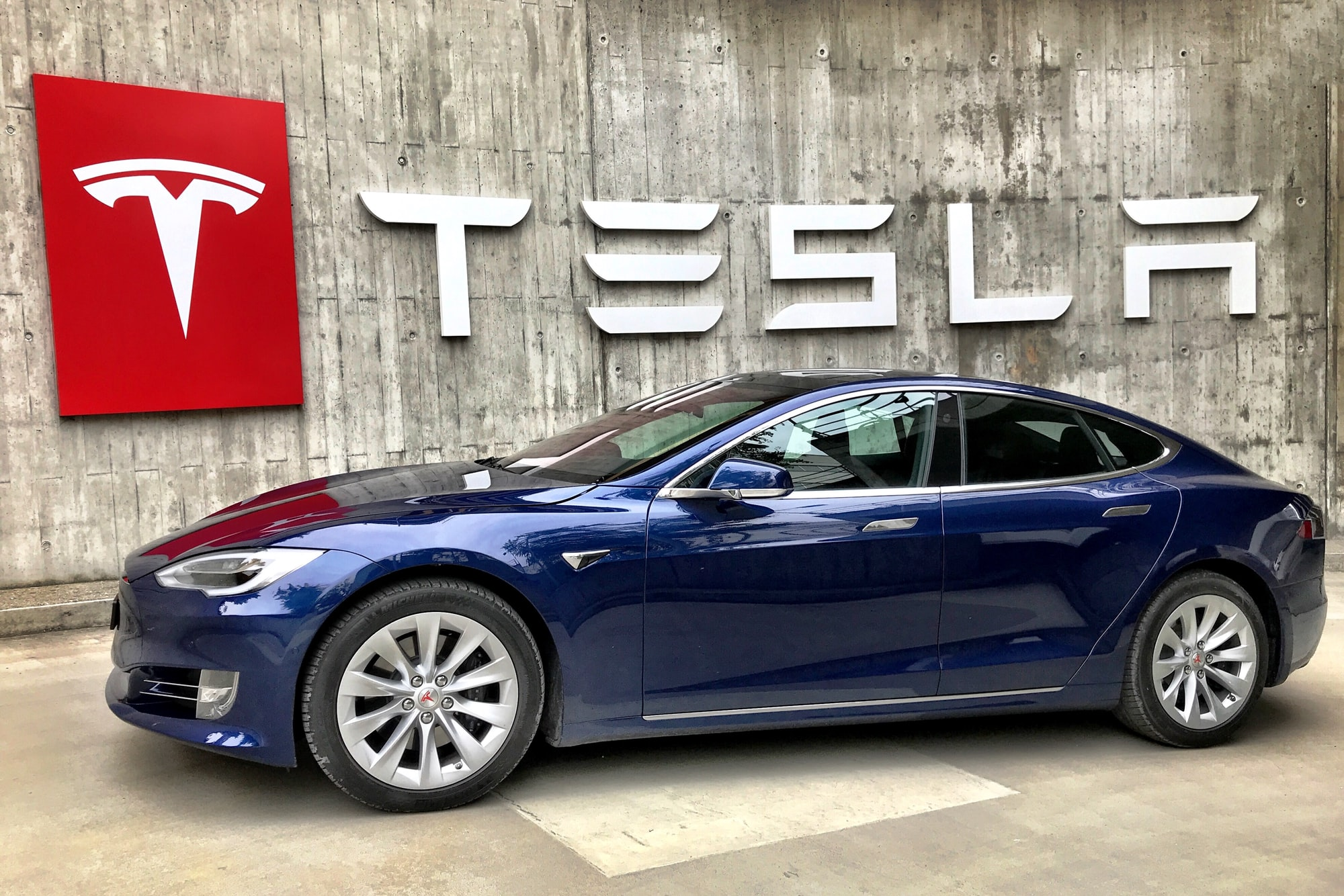 Elon Tangled Tesla in Crypto