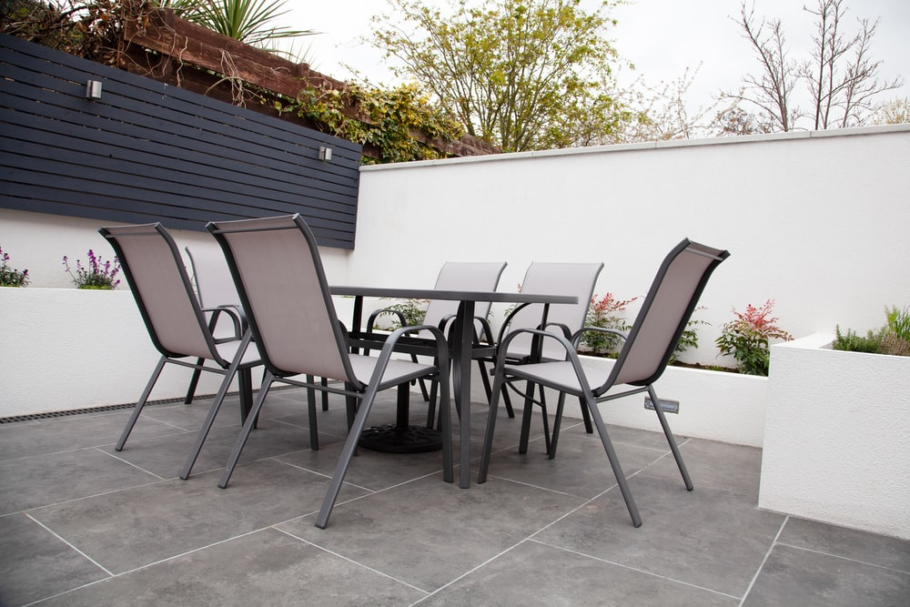 black and gray chairs and table