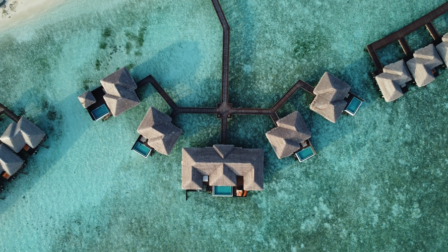 Sheraton resorts with free transfer in the Maldives