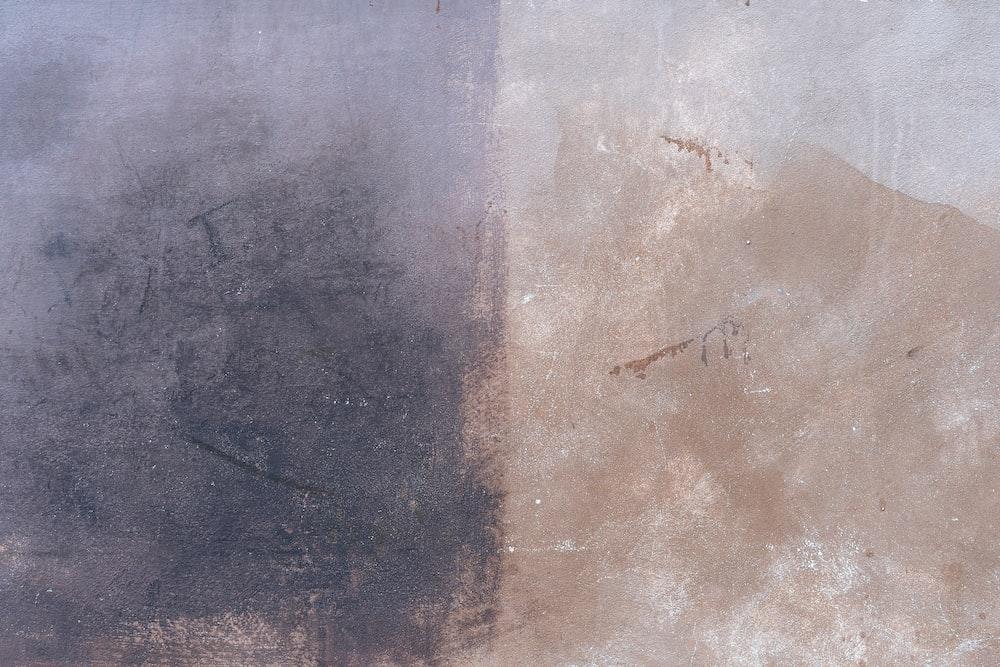 gray concrete floor during daytime