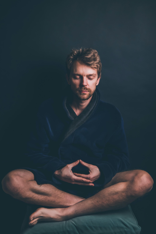 Un ejercicio de autohipnosis y manipulación mental