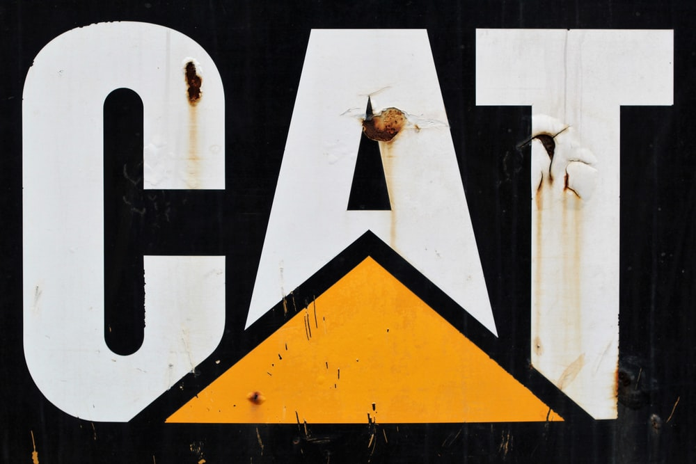 black and yellow road sign