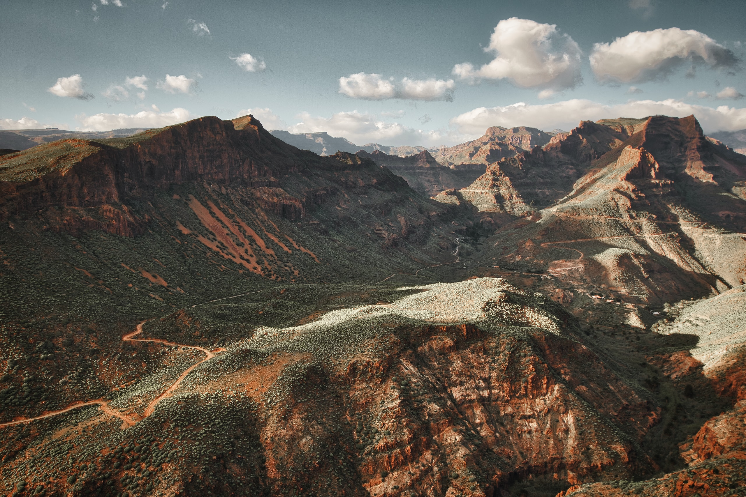Panoramic view of the Fataga valley from the Degollada de las Yeguas viewpoint in south Gran Canaria. A winding, fifteen kilometre canyon with smooth sides and breathtaking sharp, almost vertical ridges.