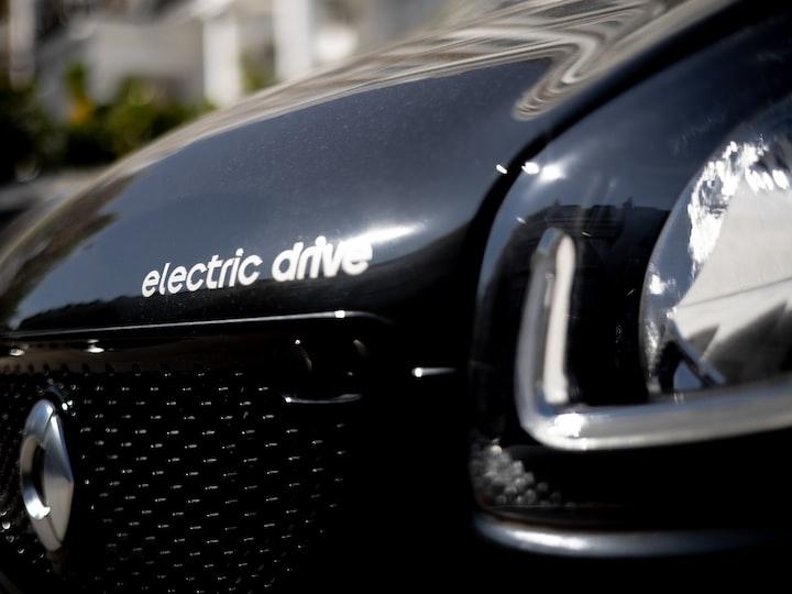 Automakers Embrace EVs
