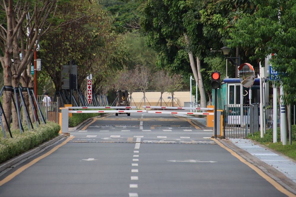 pedestrian lane near pedestrian lane during daytime