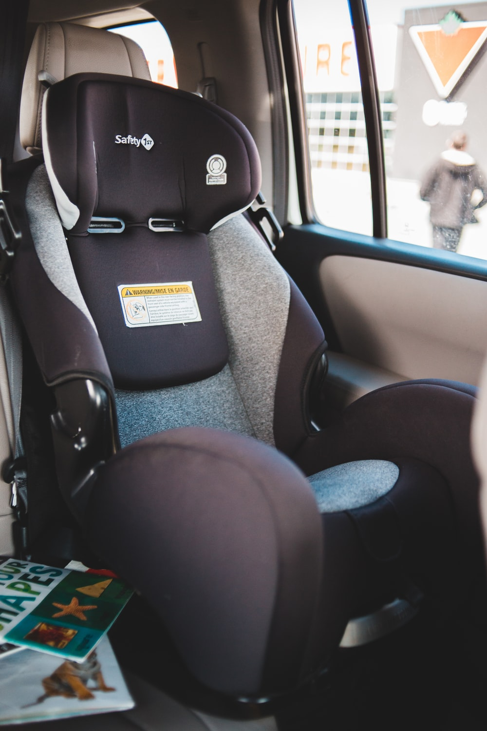 gray and black car seat