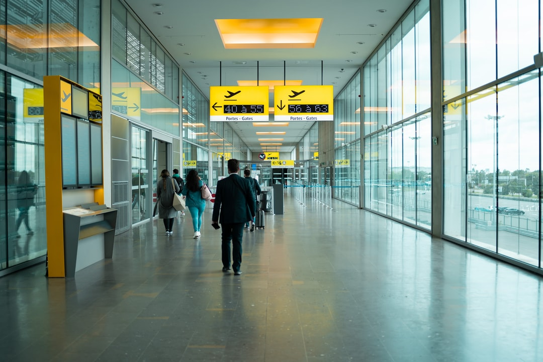 Get off the bus in Toulouse Airport