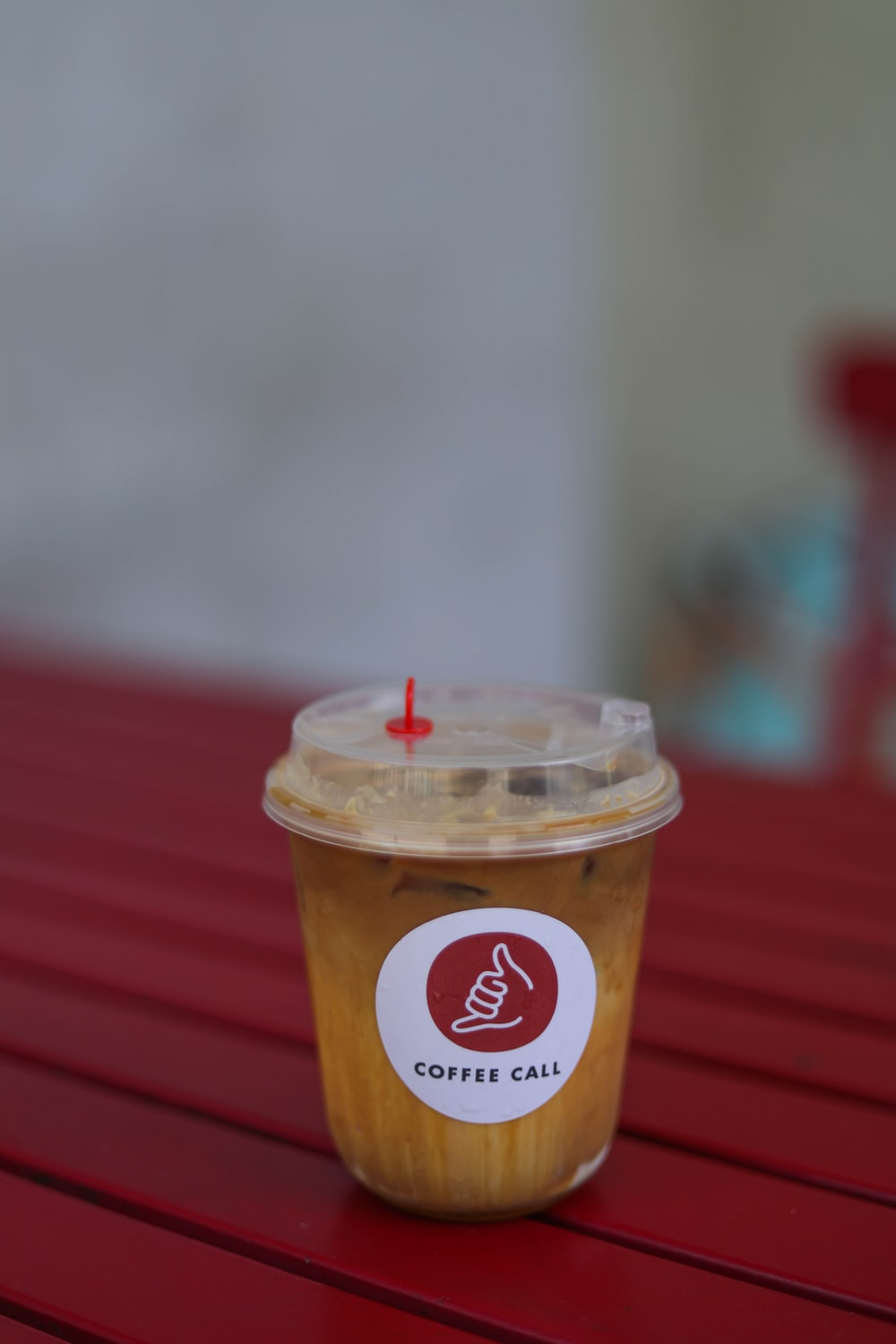dunkin donuts coffee cup with lid and straw