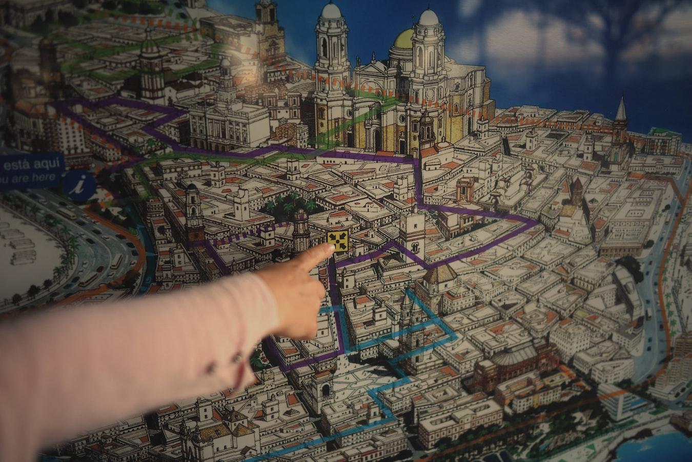 🌳Localiza un nicho con tu marca personal -Imagen donde se localiza un nicho concreto en un mapa de Cádiz en 3D con EcoCoopera.com
