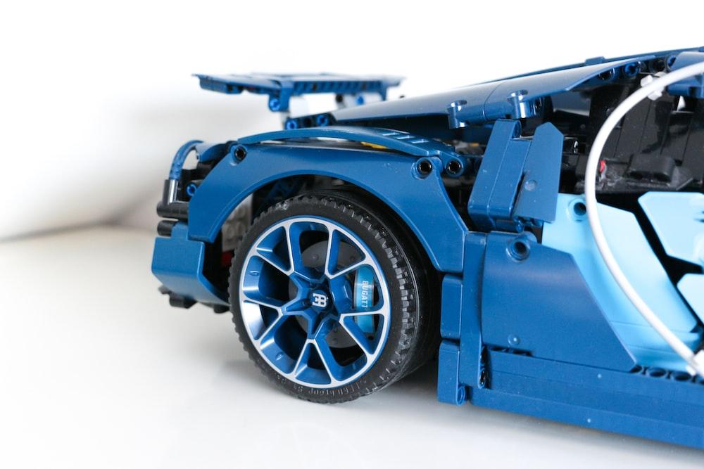 blue and black car wheel