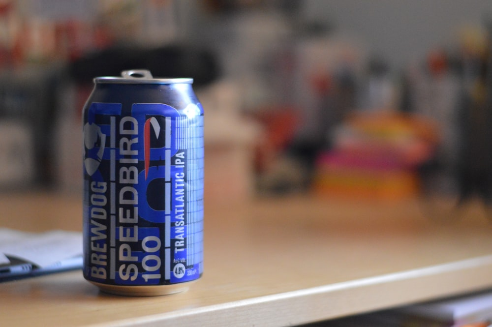 blue and white bud light can