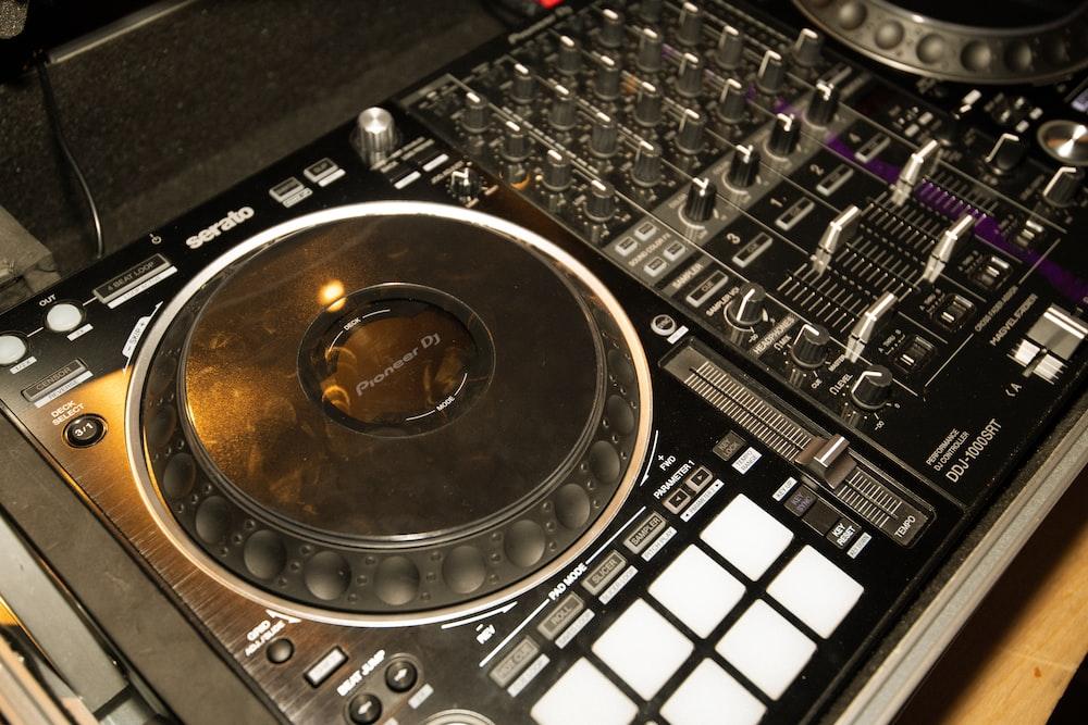 black and white dj mixer