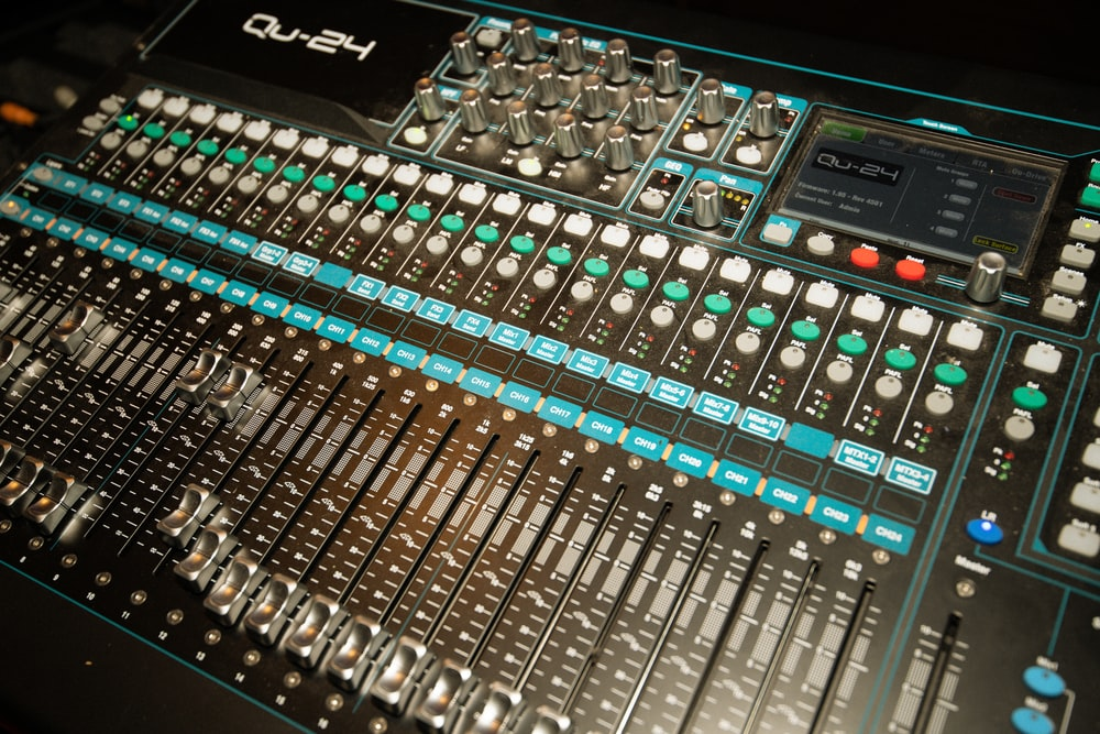 black and silver audio mixer
