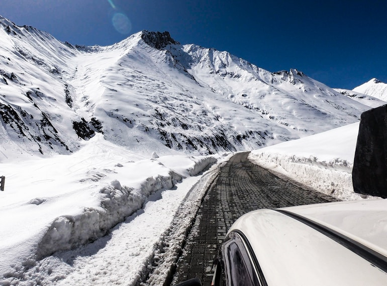 Zojila Pass road status