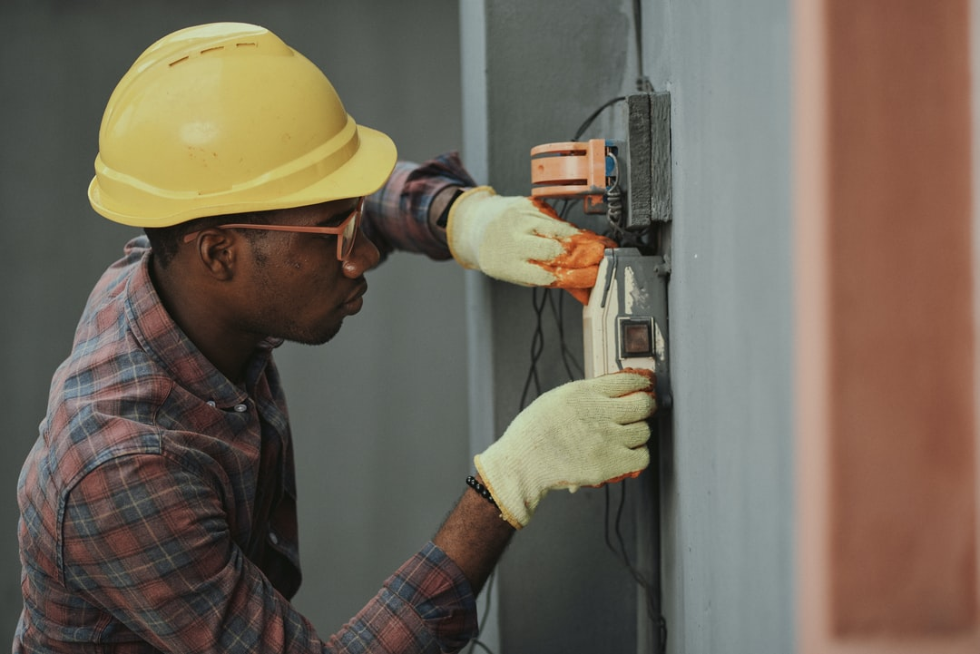 Electrician & Electrical Repair Services in Timberwood Park, Texas