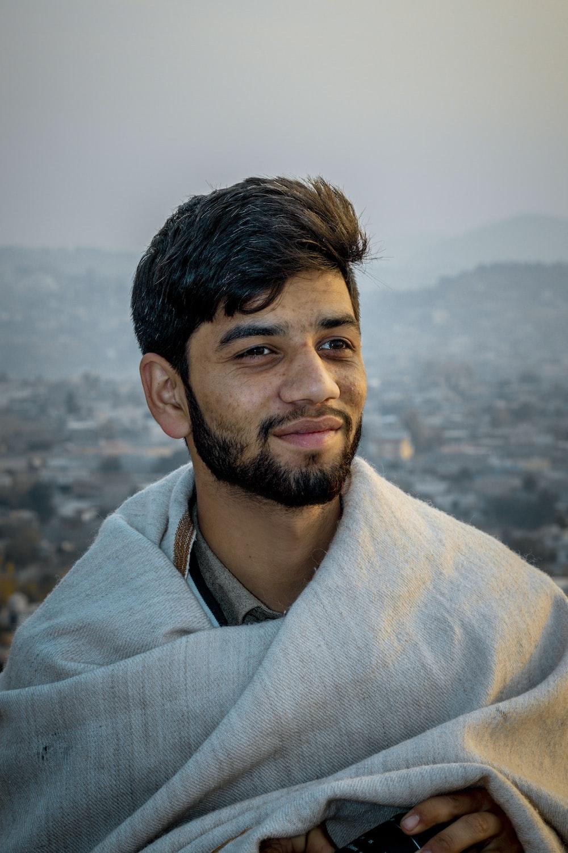 Boys pics pakistani Pakistani Men