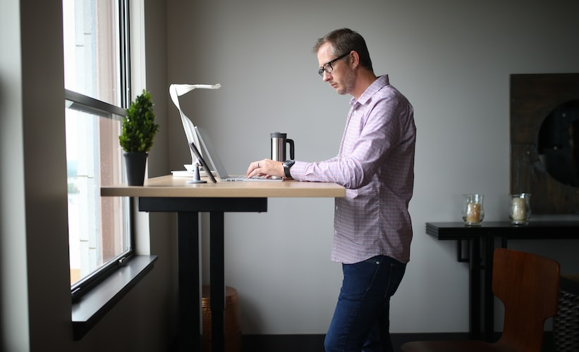 What Are the Benefits of a Standing Desk?