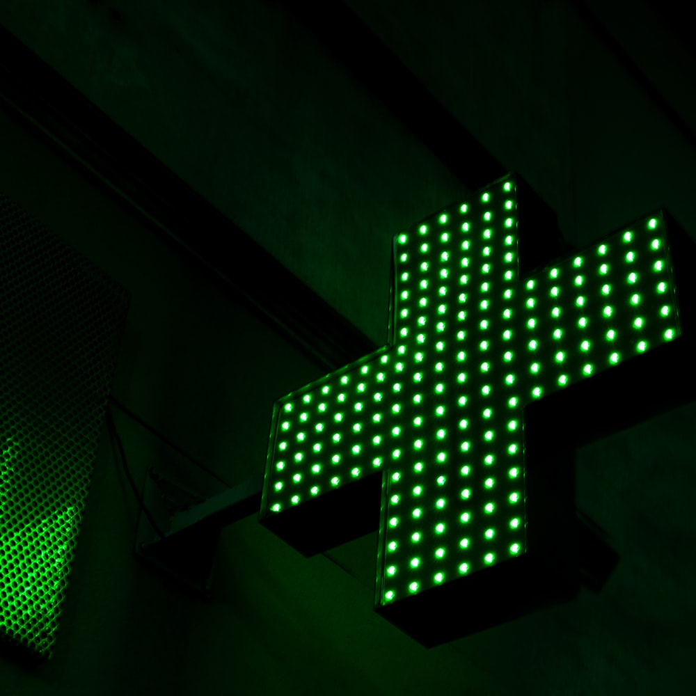 green and white led light
