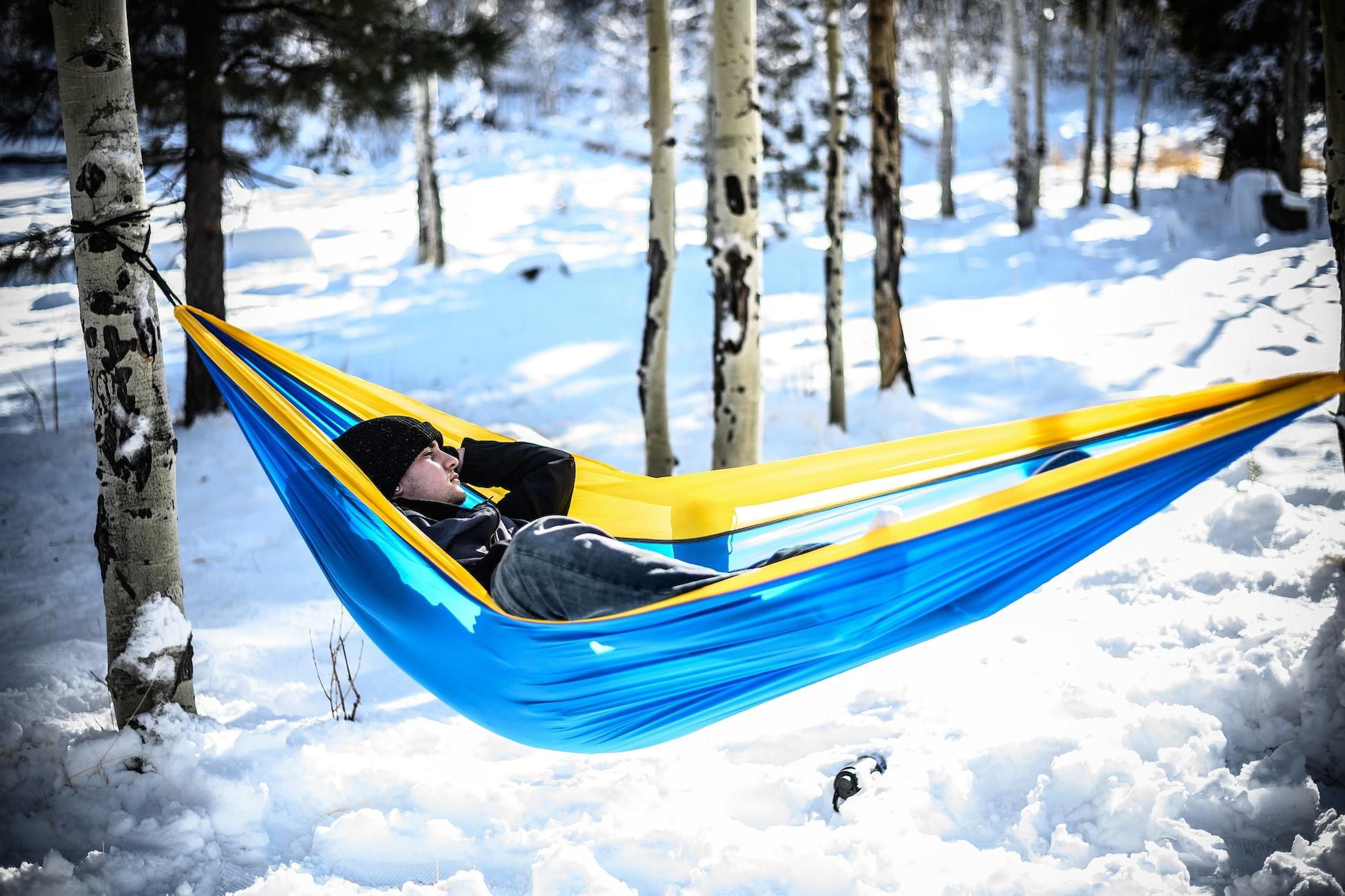 hammocking in snow