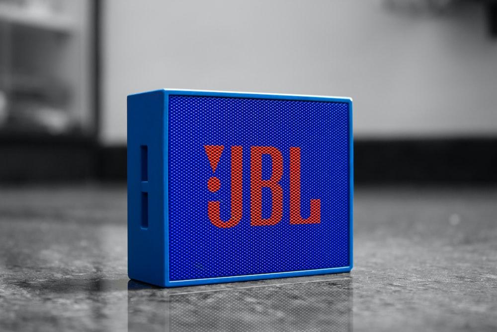 blue and black digital clock at 10 00