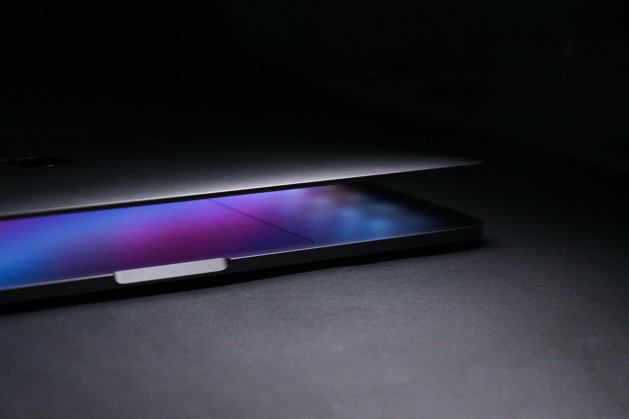 Будущие MacBook Pro могут получить по-настоящему гигантские трекпады