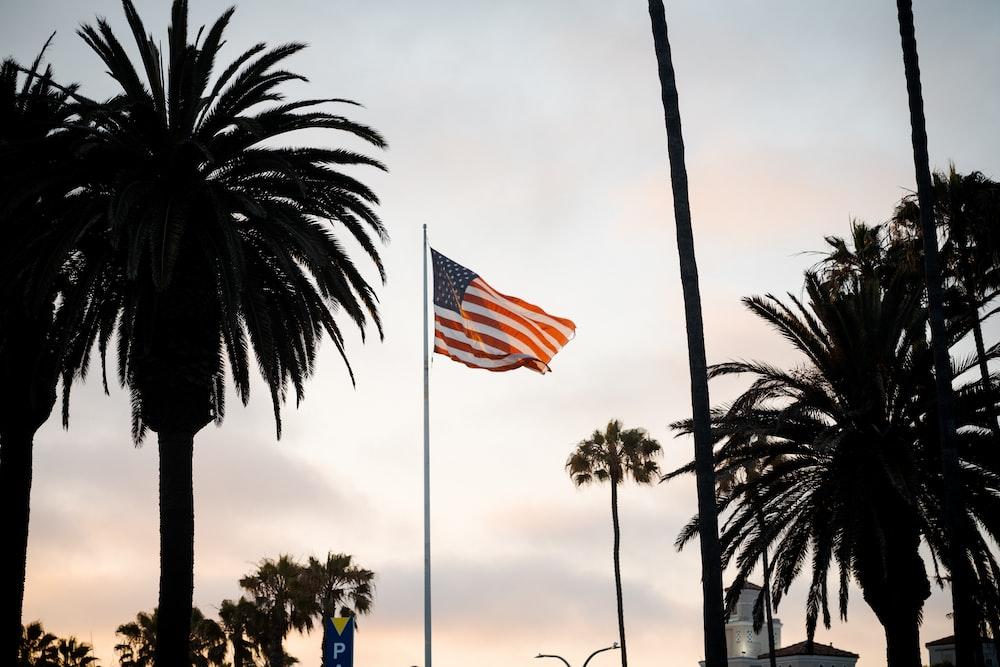 flag of us a on flag pole
