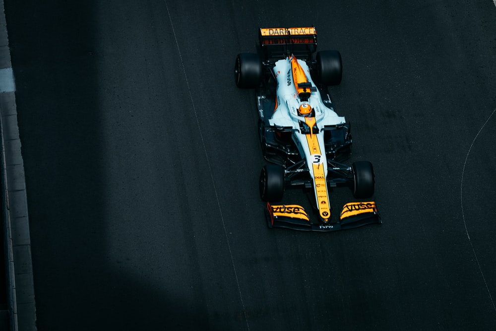 yellow and black f 1 car toy