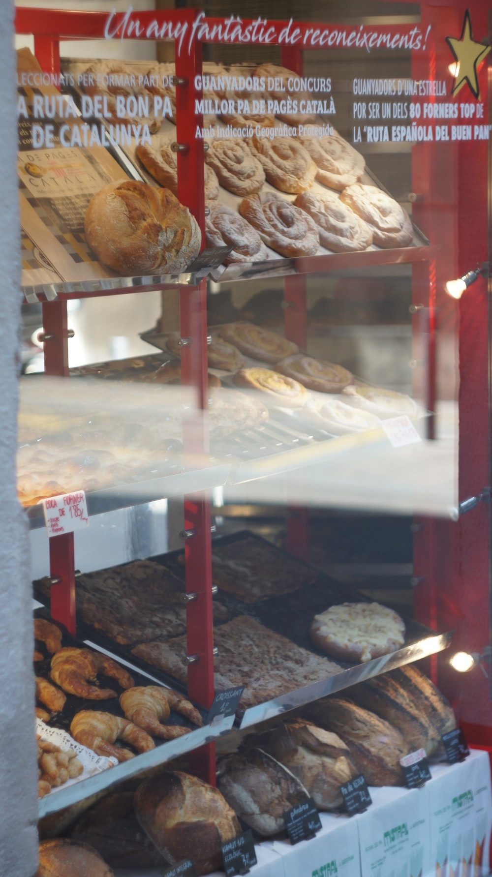 bread in clear glass display counter