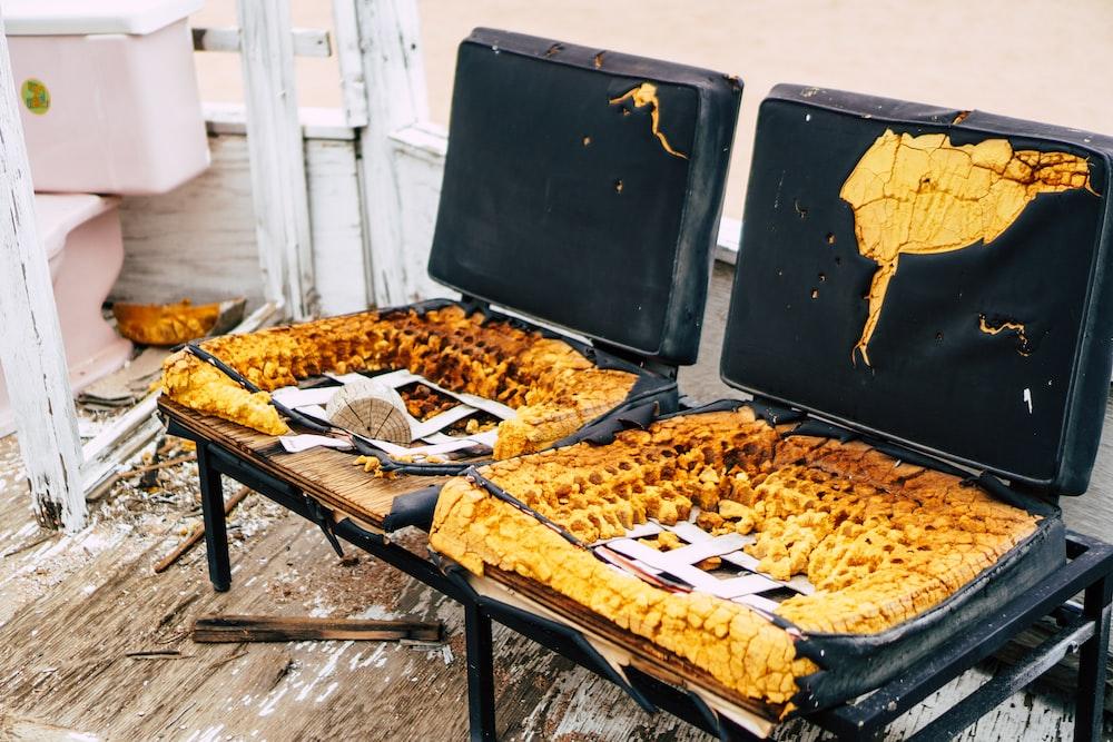 corn on black metal table