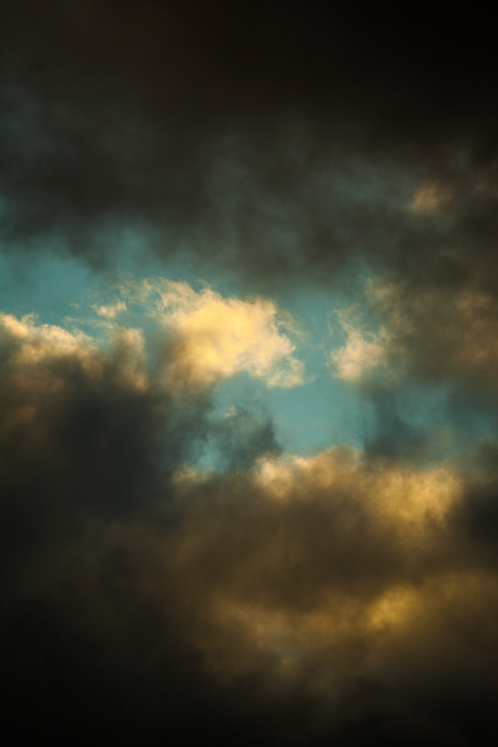 blue and white cloudy sky