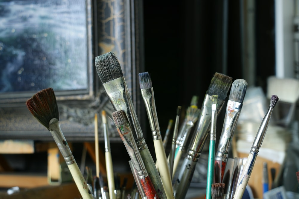 brown and black paint brush