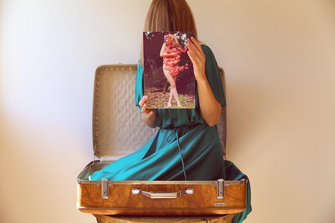 Fine Art Prints and More Feminine Energy Downloads Available On My Site Now: Https://www.avasolart.com/art ♥  - unsplash