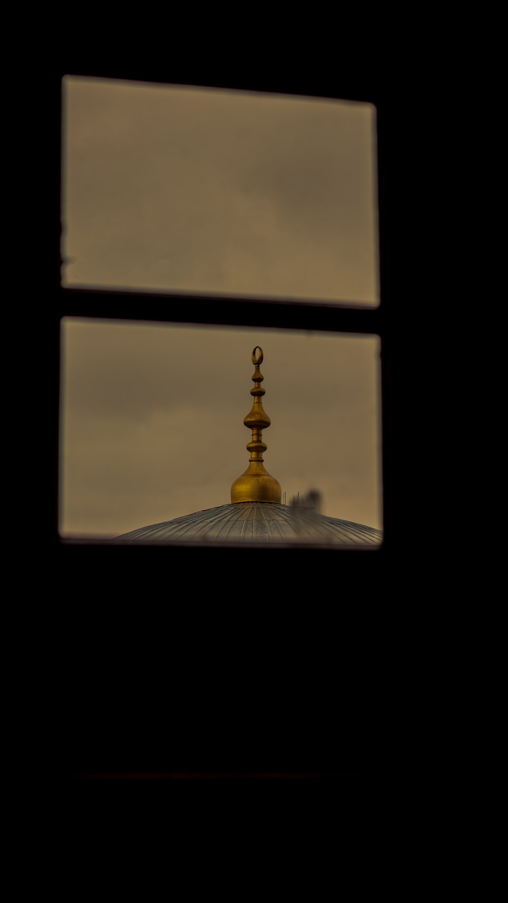 gold and black dome building