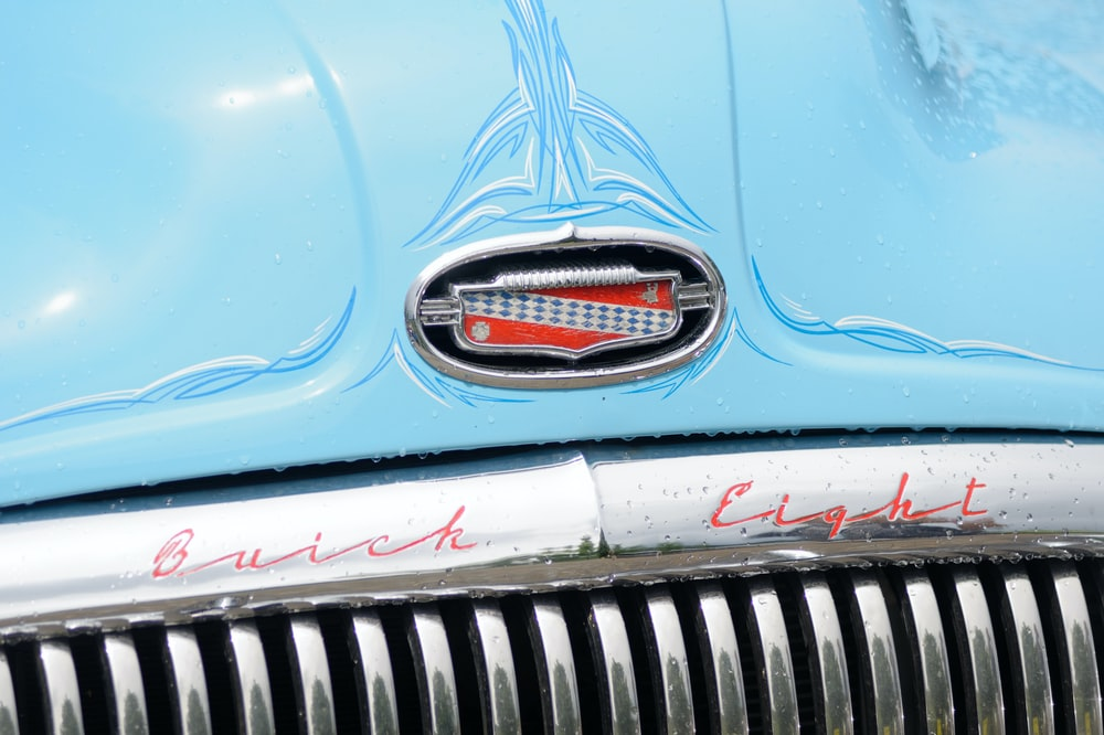 blue and silver car grille