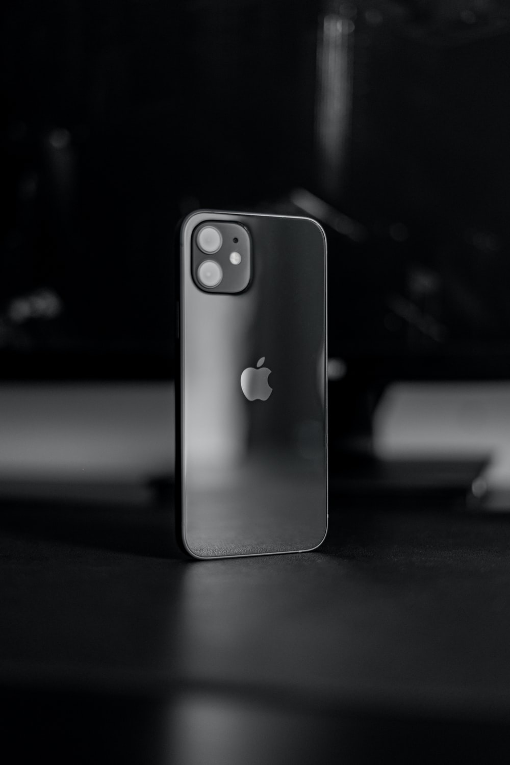 white and black dice on iphone
