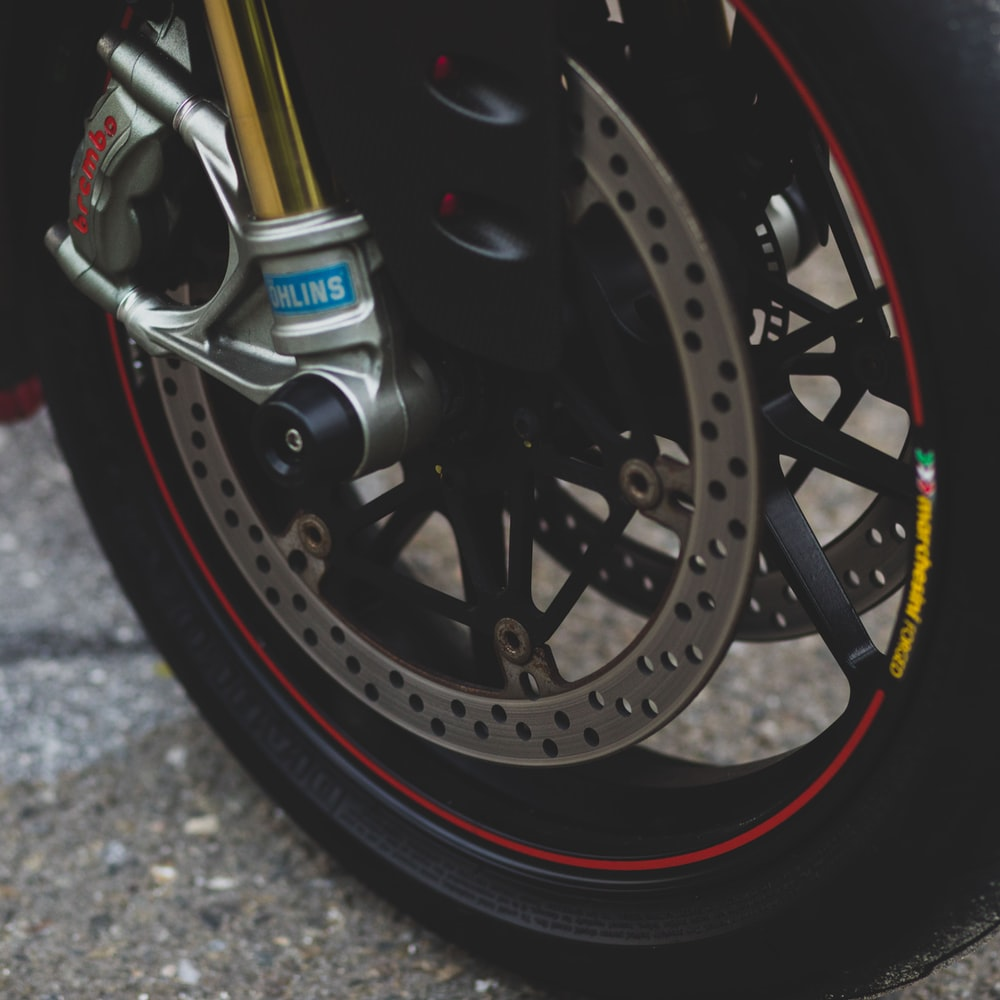 black and silver motorcycle wheel