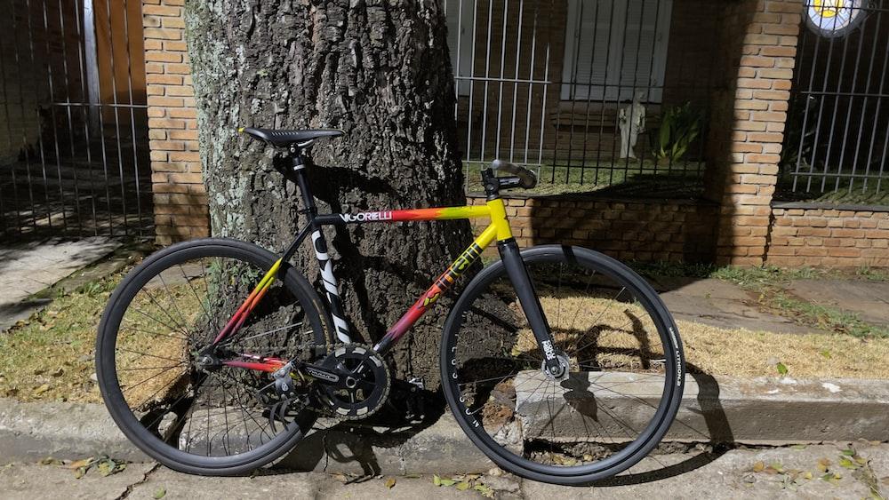 yellow and black mountain bike