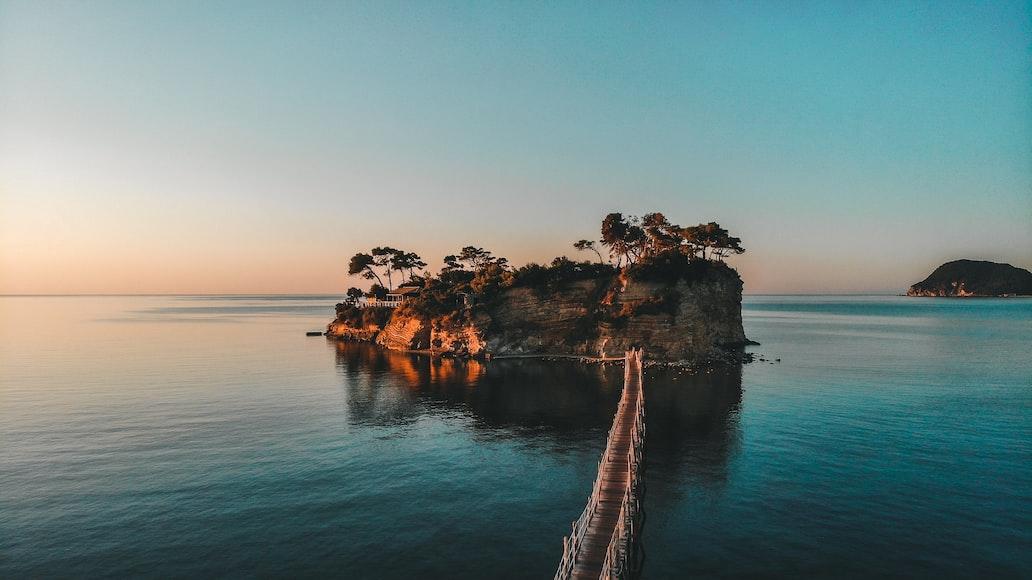 Agios Sostis beach (Cameo island)