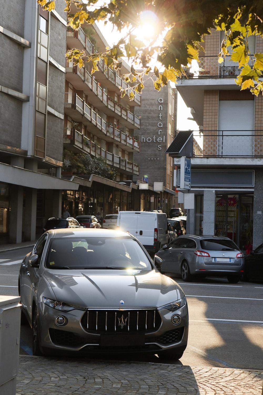 black bmw m 3 parked on street during daytime
