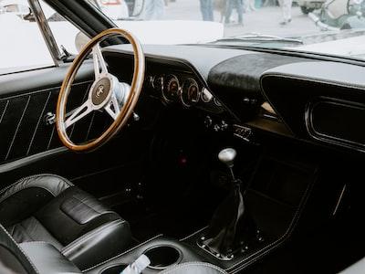 black and brown steering wheel