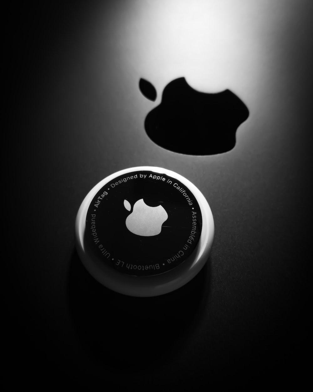 black and white apple logo