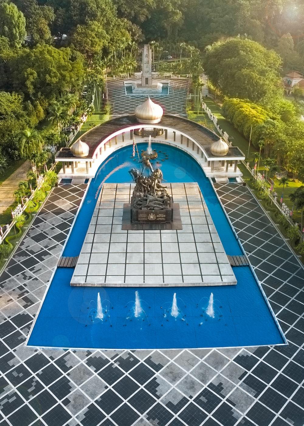 blue and white concrete fountain