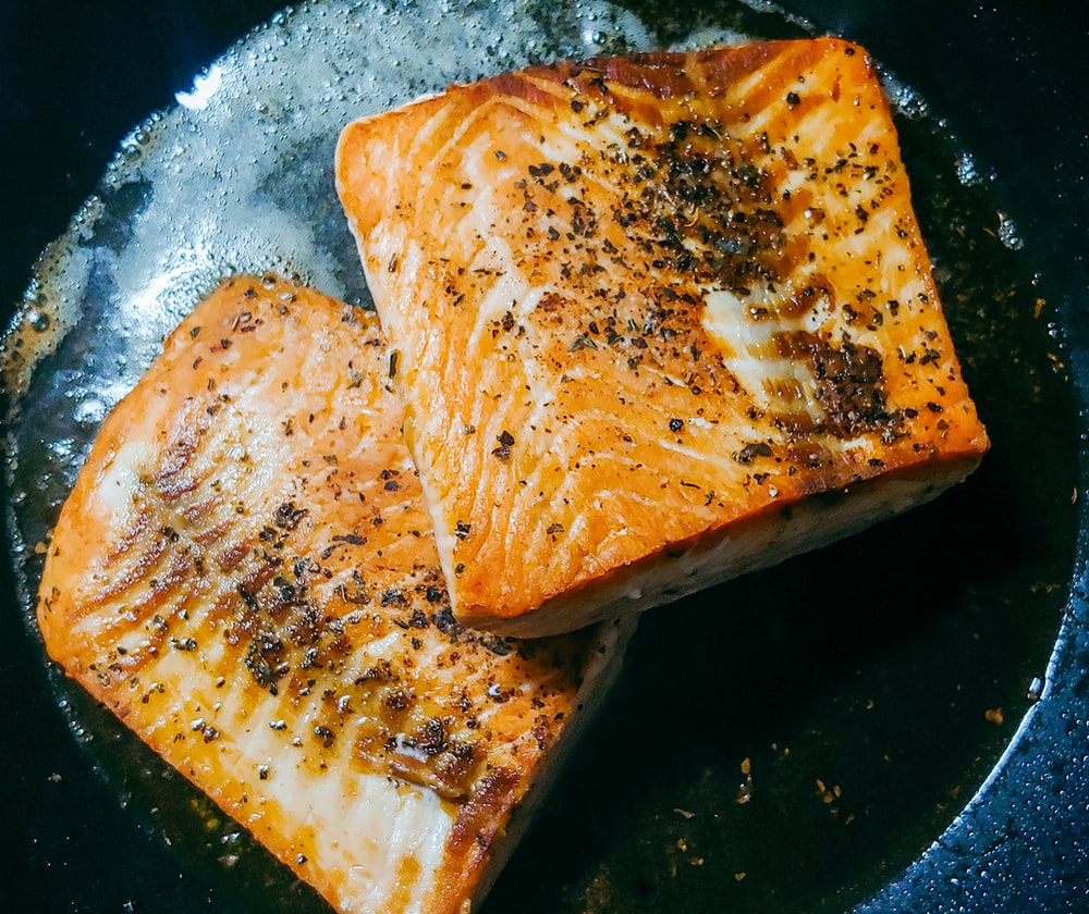 toasted bread on blue ceramic plate