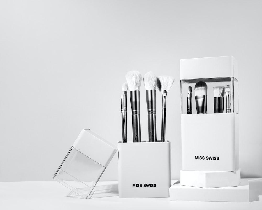 white and black makeup brush set