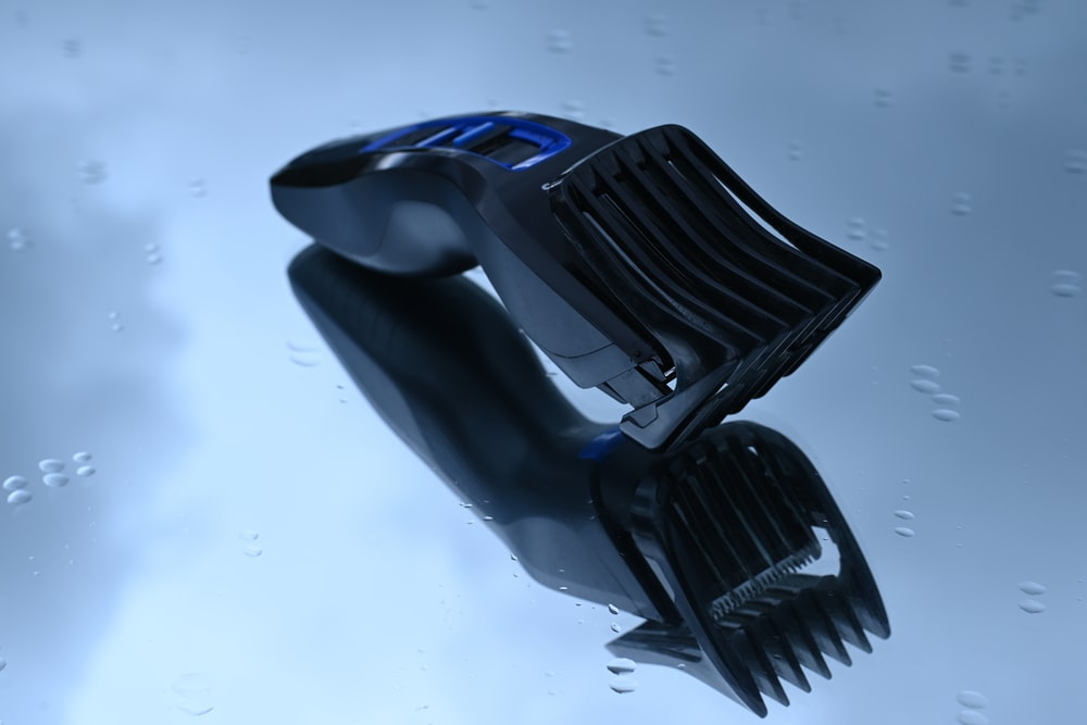 black and blue car hood