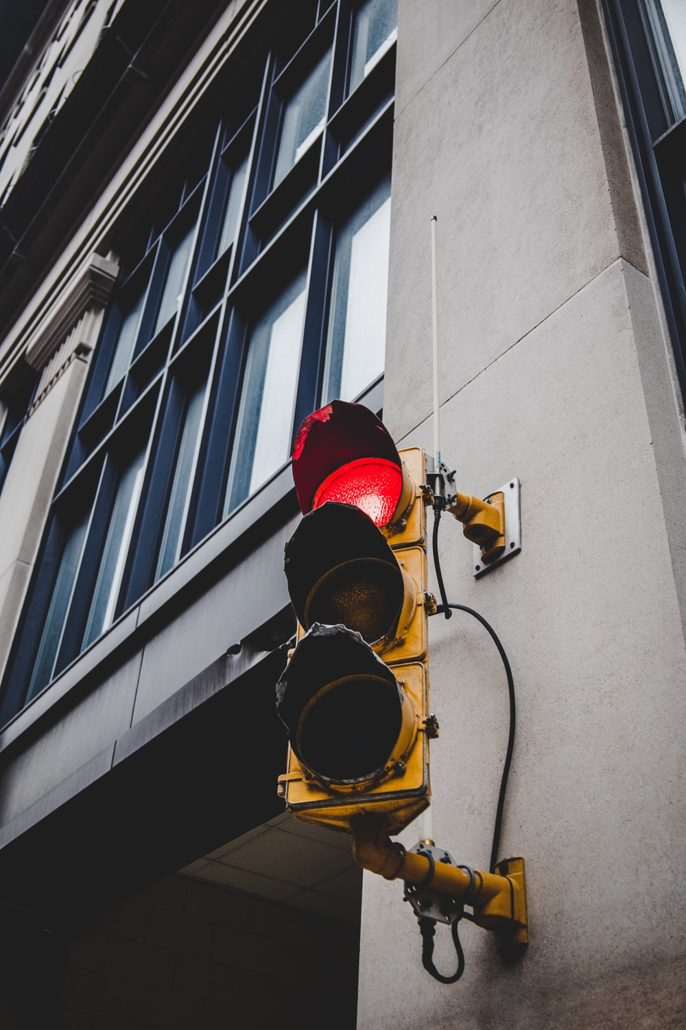 red and black traffic light