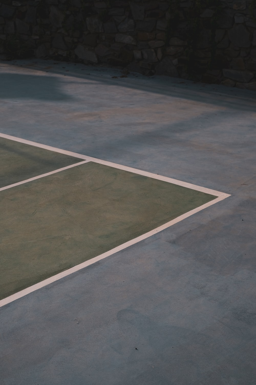 gray and white basketball court