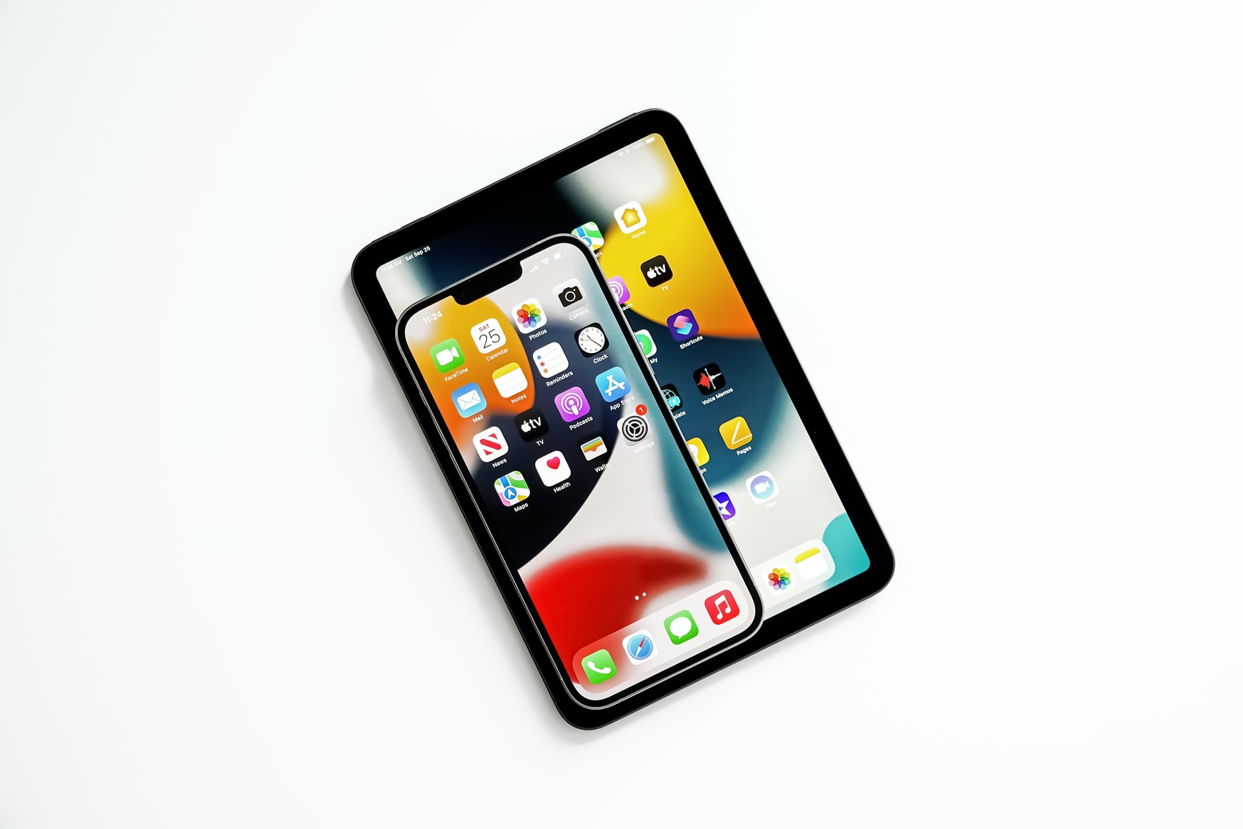 ТОП-3 флагманских смартфонов 2021 года