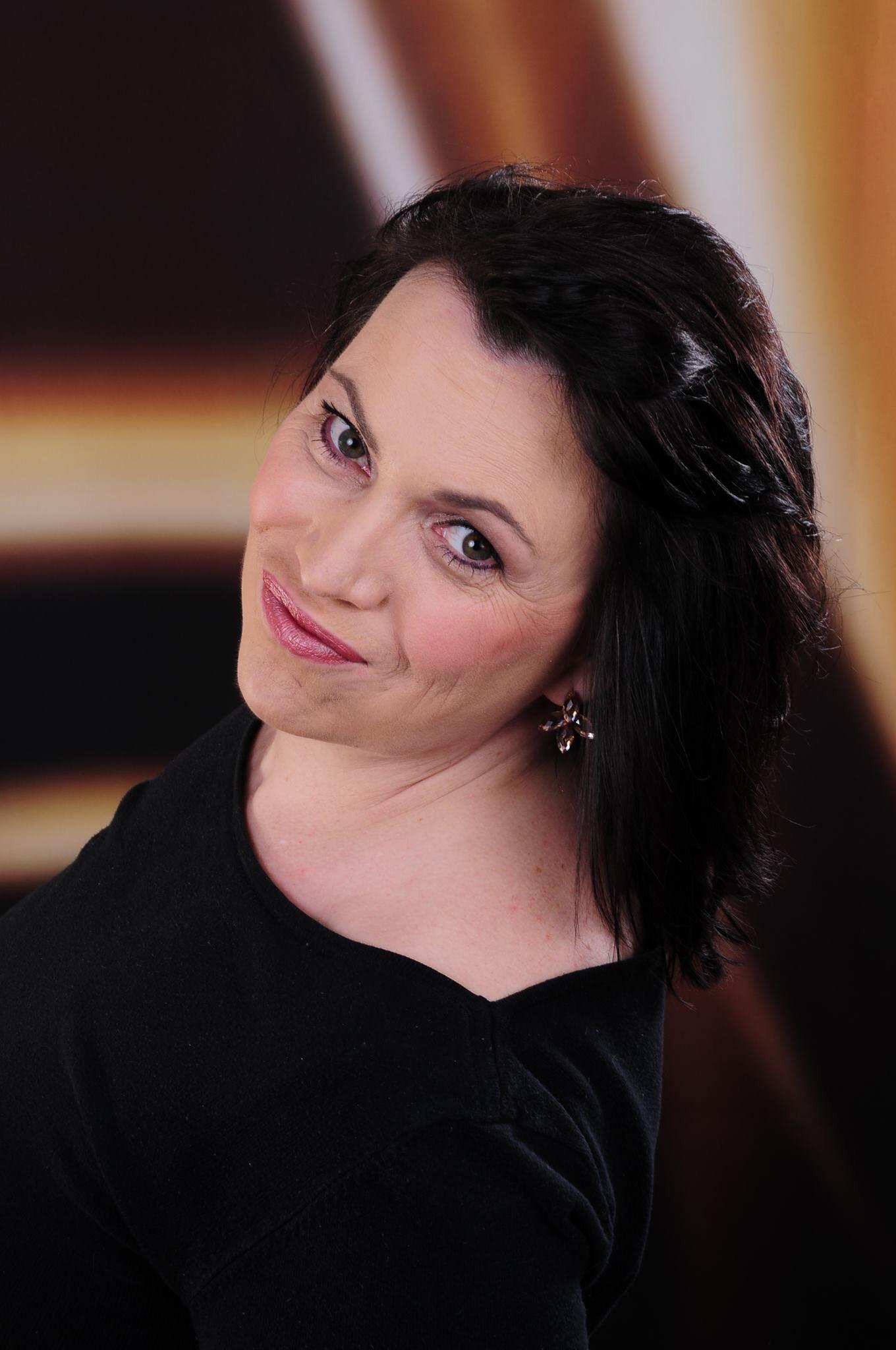 Go to Anna Benoir's profile