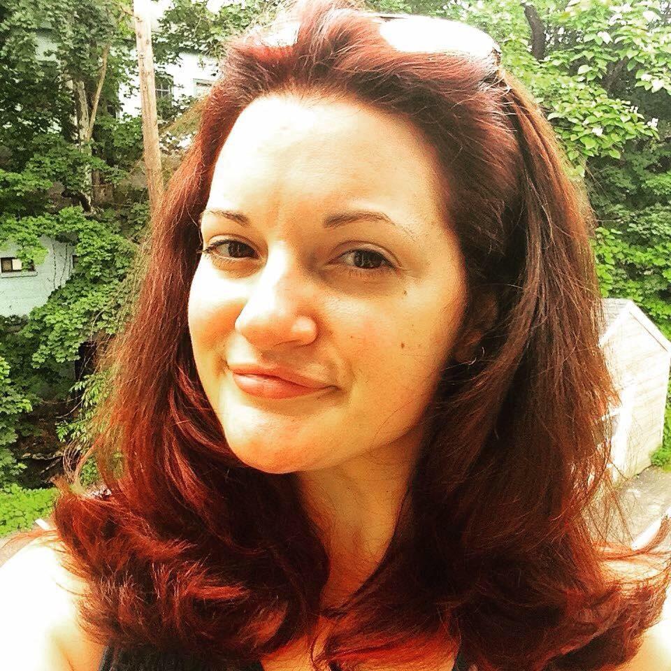 Go to Lindsay Pietroluongo's profile